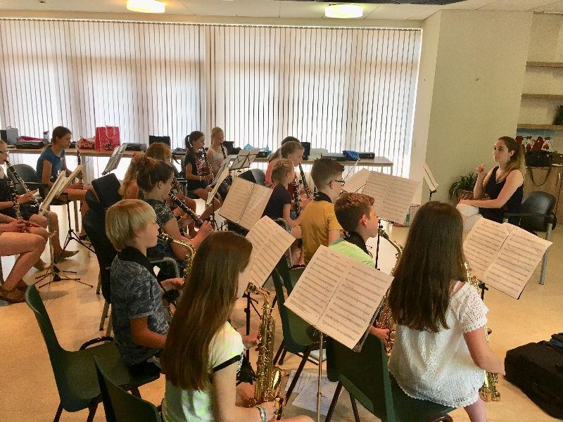 De jaarlijkse leerlingendag gemeentelijke muziekverenigingen op 6 april aanstaande